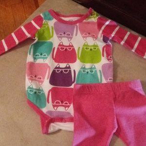 NWOT Adorable Girls Set Newborn! Okie Dokie!